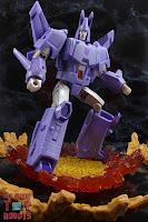 Transformers Kingdom Cyclonus 18