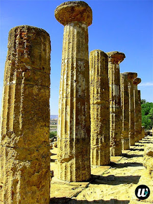 Remains of Temple of Heracles, Valle dei Templi, Agrigento | Sicily, Italy | wayamaya