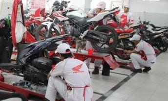 servis motor sendiri