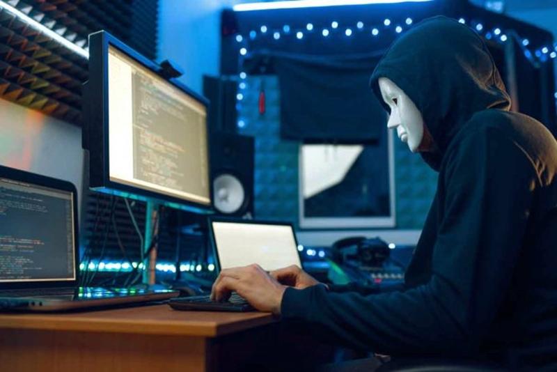 Hackerlerin yalan hikayelerine karşı 5'li siber savunma!