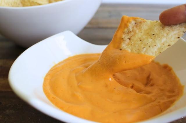 Instant Pot Vegan Cheese Sauce #vegetarian #vegan