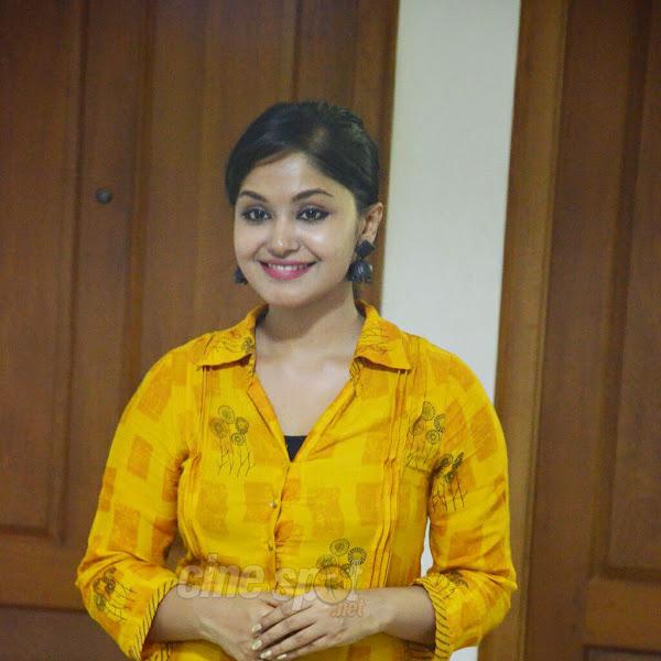 Shritha Sivadas latest photos from Sarayu Mehndi Ceremony