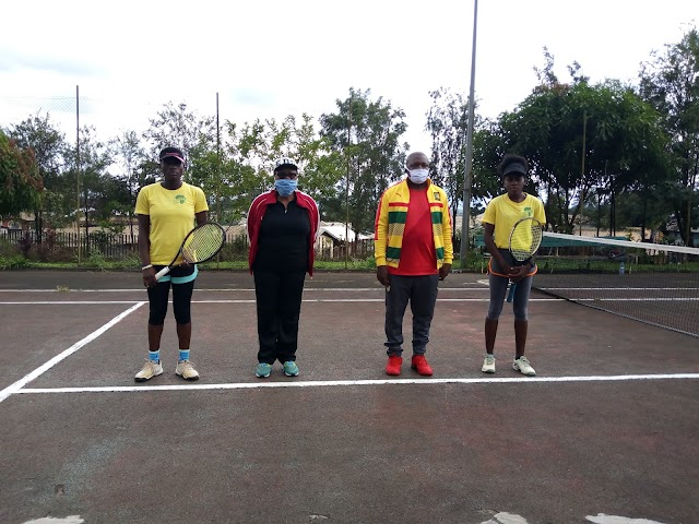 Bamenda II Mayor Engages Youth, Elite in outdoor sports competition.