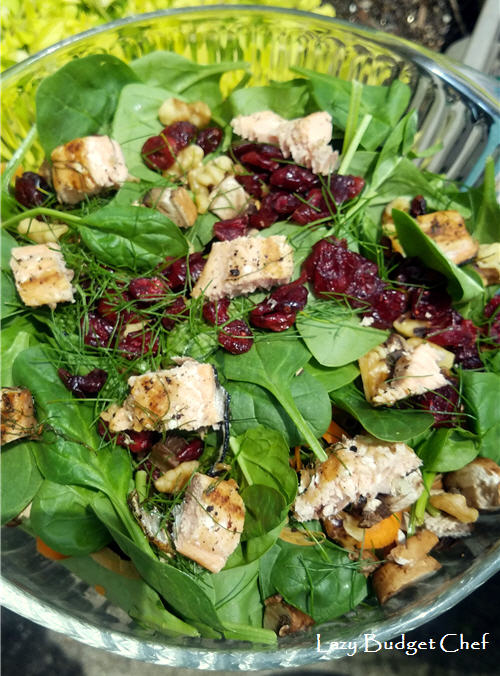 Grilled summer salmon and spinach salad recipe