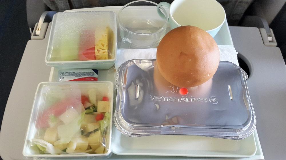 Kiddos Travel Stories Pengalaman Terbang Dengan Vietnam Airlines