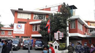 भिडभाड गरेको भन्दै माधव नेपालहरू बसेको चन्द्रागिरि हिल्स रिसोर्टलाई काठमाडौं प्रशासनको स्पष्टीकरण