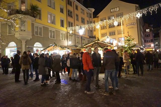 joulumarkkinat glühwein glögi hehkuviini zürich