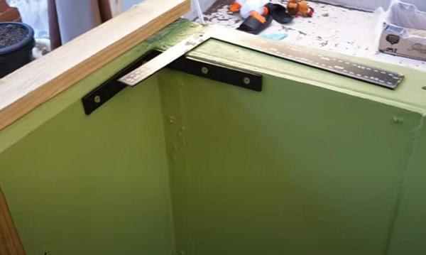 Corner Bracing for extra stiffness