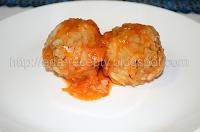 Тефтели с рисом в томатной подливке в духовке