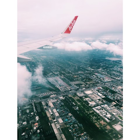 Don Mueang Airport x AirAsia Review = Nope.