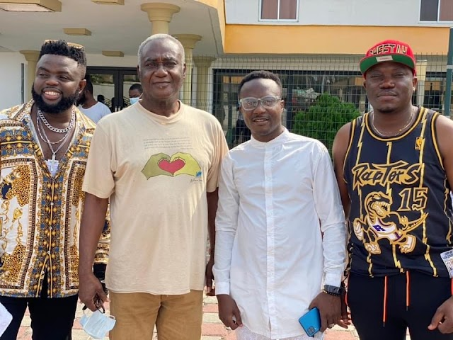Highlife Musician Nero X visits Hasacaas Ladies in Ivory Coast
