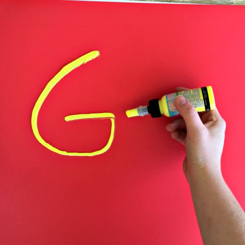 DIY Spirit Signs - easy to make with Poster Puffy Paint!