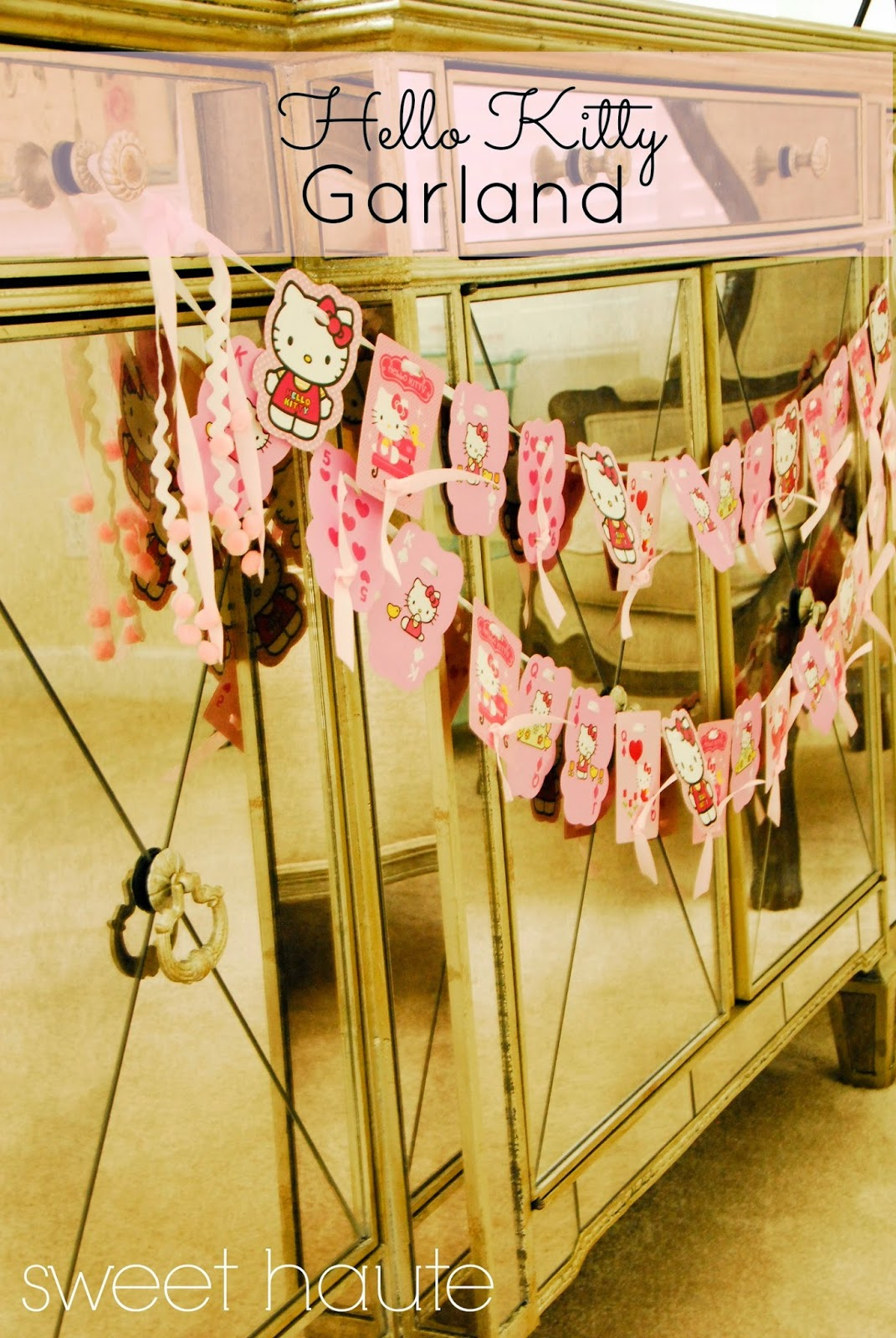 http://sweethaute.blogspot.com/2014/04/hello-kitty-garland-tutorial-sweet.html