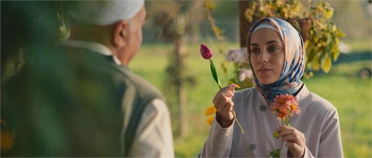 Netflix'in yeni Türk dizisi Bir Başkadır'ın fragmanı ve yayın tarihi paylaşıldı
