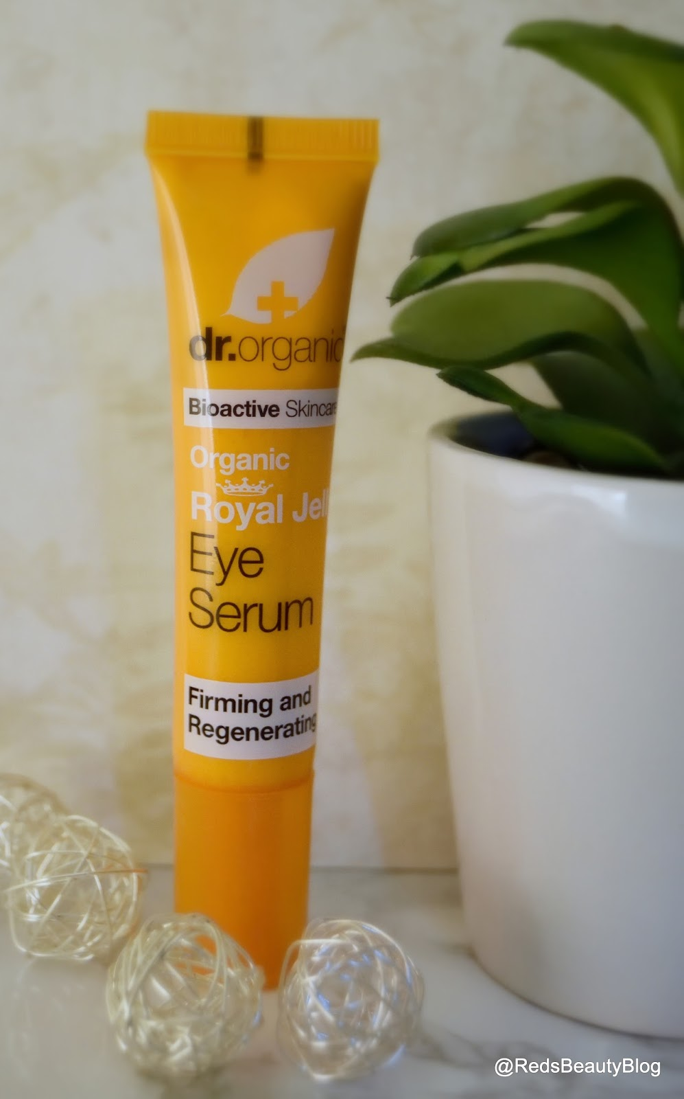 a picture of Dr Organic Royal Jelly Eye Serum