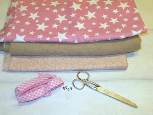 Materiales para hacer una Guirnalda de banderines de tela