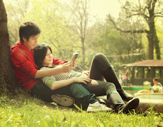 best boy aNd girl in love romantic couples sitting under tree.jpg