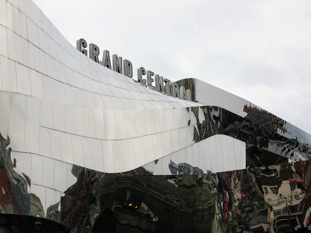 Mirrored facade of Grand Central Station in Birmingham, England