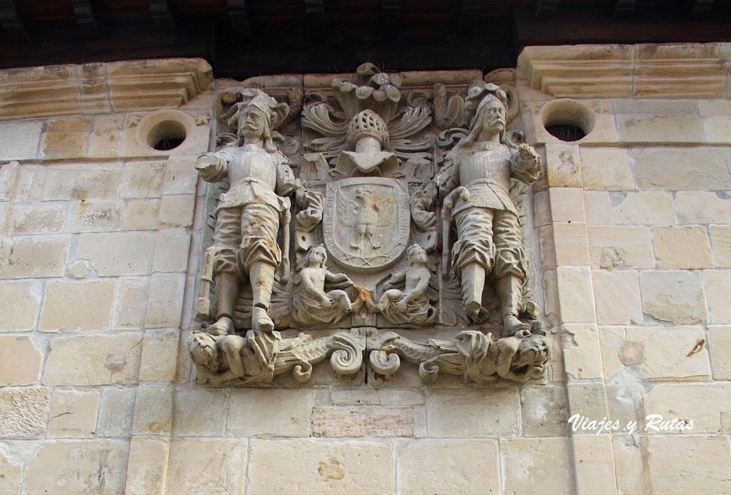 Casa de los Hombrones, Santillana del Mar