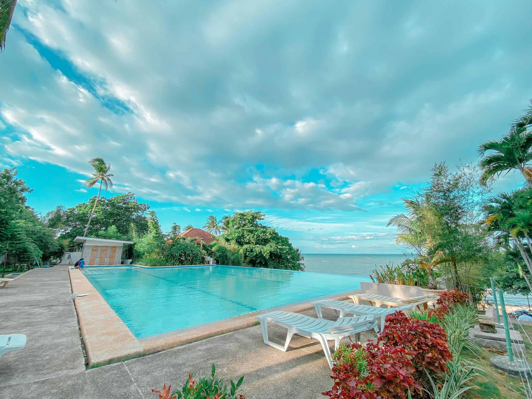 Elegant Beach Resort in San Remegio, Cebu