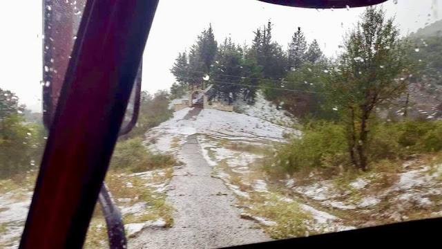 """Γιάννενα: Σφοδρή Χαλαζόπτωση Στην Κόνιτσα! Το """"Στρωσε"""" Στις Αυλές ..Ποτάμια Οι Δρόμοι [Βίντεο]"""