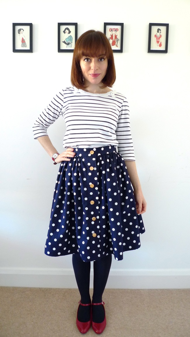 What Shoes To Wear With A Dolly Top And Jeans