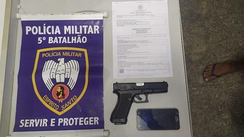 Menor com mandado de internação é apreendido em Aracruz com simulacro de arma de fogo