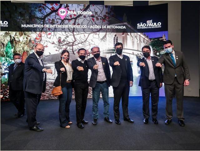 Prefeito Nilton Hirota conquista recurso para investir no turismo em Registro-SP