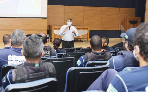 Guarda Municipal de Toledo inicia treinamento para fiscalização orientativa
