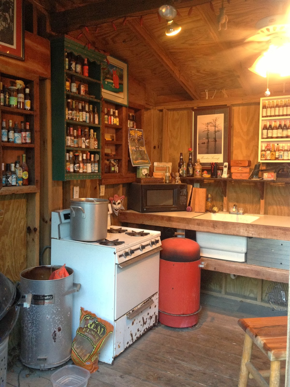 114 Fels Ave., Fairhope: Cajun outdoor cook shed
