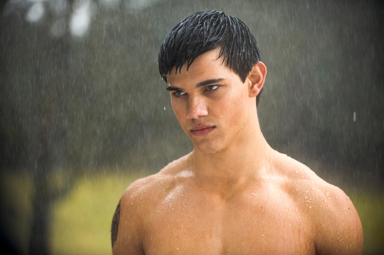 taylor lautner workout and diet secret muscle world