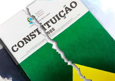 Constituição rasgada