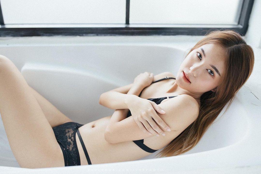 Thailand Beautyful Girl Pic No.288 || Tong Pitcha S