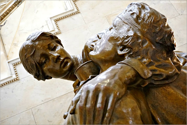Civil War Army Nurses Memoria en el Massachusetts State House, Boston