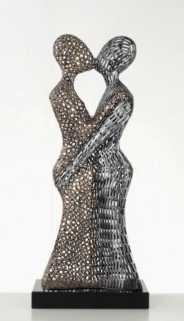 Beautiful Abstract Sculpture Art For Modern Decoration