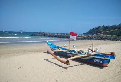 Pesona Pantai Mustika Banyuwangi
