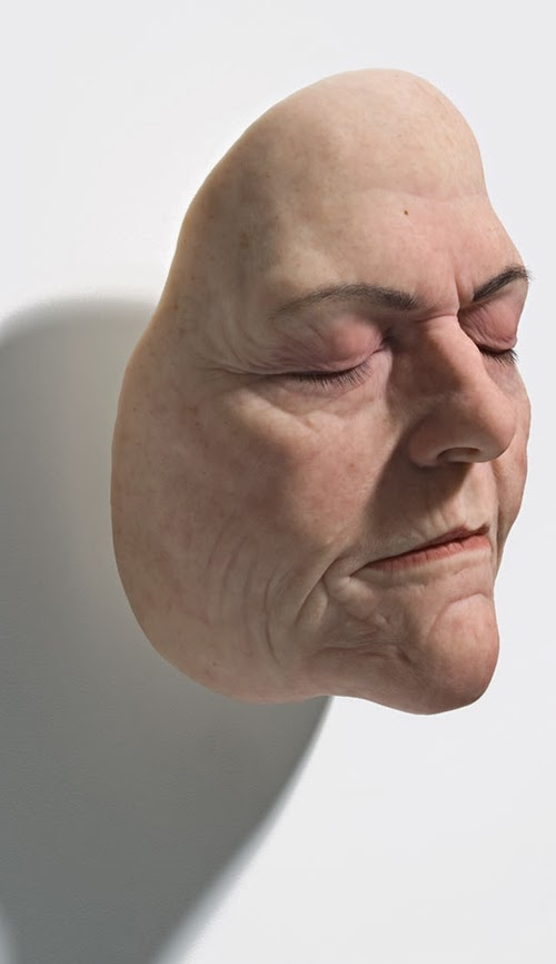 12-Sam-Jinks-Photo-realistic-Sculptured-People-www-designstack-co