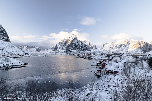 Invierno en Noruega Ártica - Reine, Islas Lofoten por El Guisante Verde Project