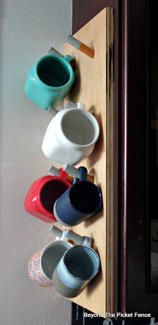 Easy DIY Mug Rack