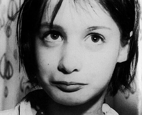 Το «Κωσταλέξι» του Λος Άντζελες: Το κορίτσι που κράτησε έγκλειστο ο πατέρας του με ζουρλομανδύα, επί 13 χρόνια!