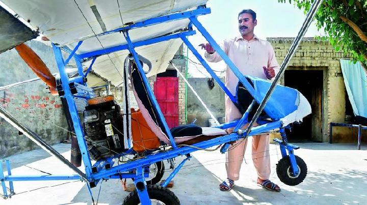 Pedagang Popcorn Pakistan Berhasil Buat Pesawat Ringan