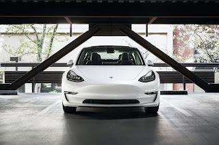 mobil listrik tesla, tesla dilarang tiongkok/cina, teknologi mobil listrik tesla, elon musk, tesla mobil canggih