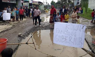 Jalan Hamparan Perak rusak parah