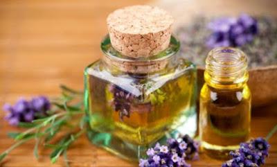 Minyak Esensial Lavender Untuk Jerawat