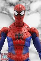 MAFEX Spider-Man (Peter B Parker) 14