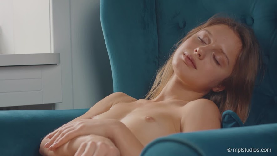 [MPLStudios] Clarice - Soft Touches 2