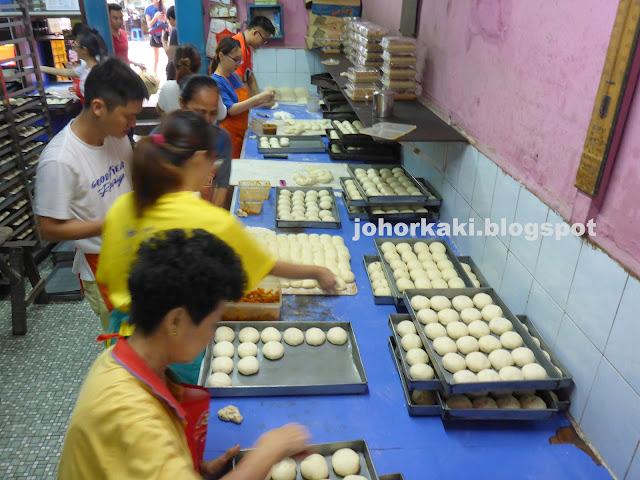 Hiap-Joo-Banana-Cake-协裕面包西果厂
