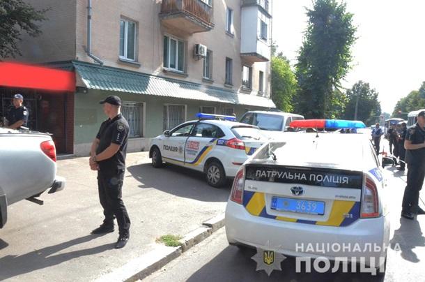 У Житомирі у формі СБУ напали на інкасаторів