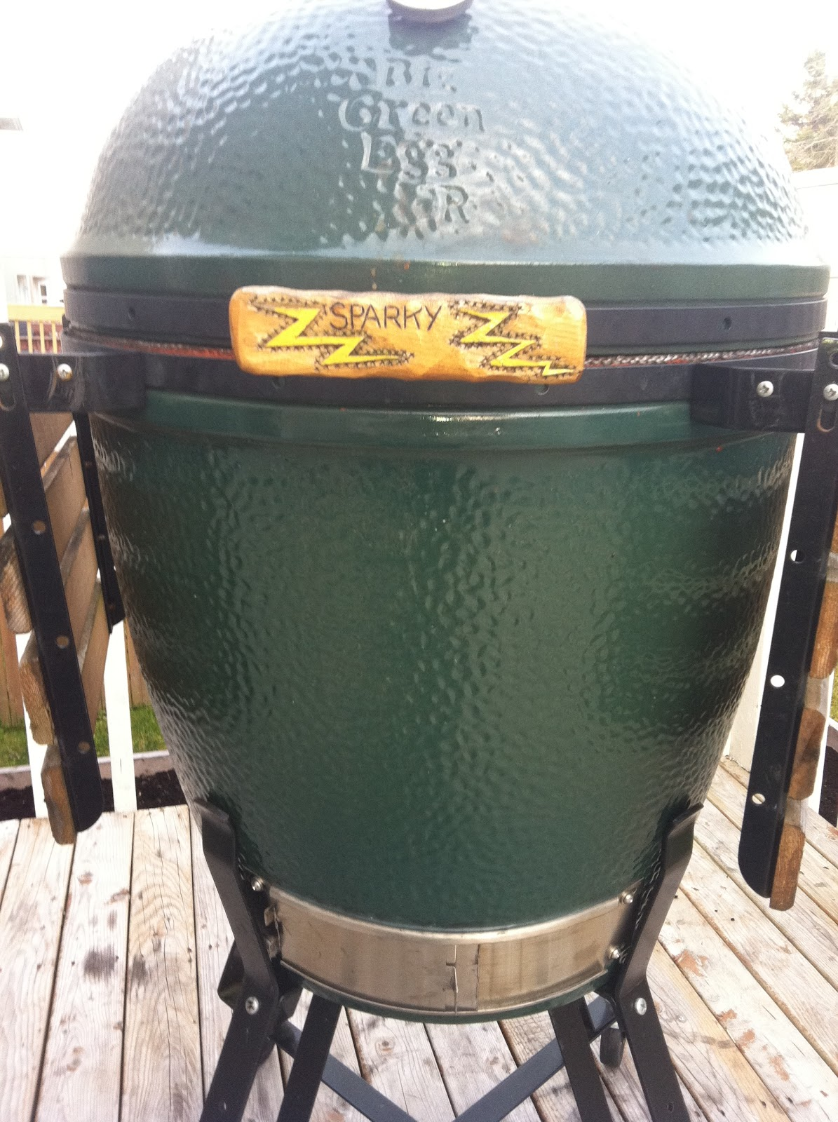 Big Green Egg XL Charcoal Grill Review | BBQ & Grilling
