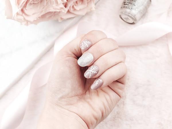 Manicure | Snowflakes